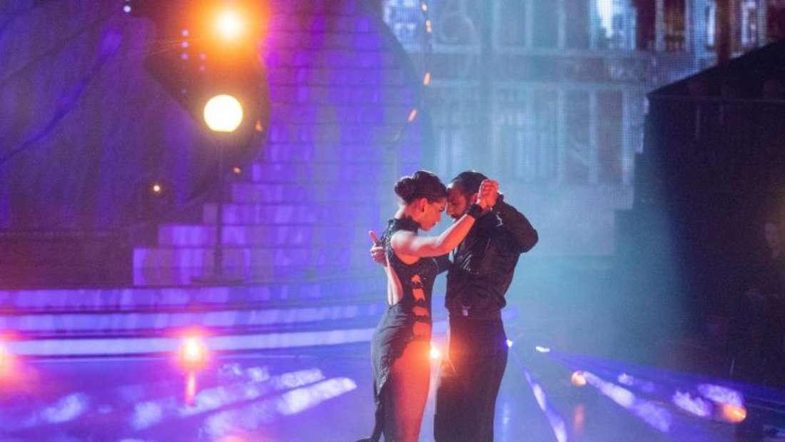 Sie gehören zu den großen Favoriten:Lili Paul-Roncalli und Massimo Sinato. Foto: Rolf Vennenbernd/dpa