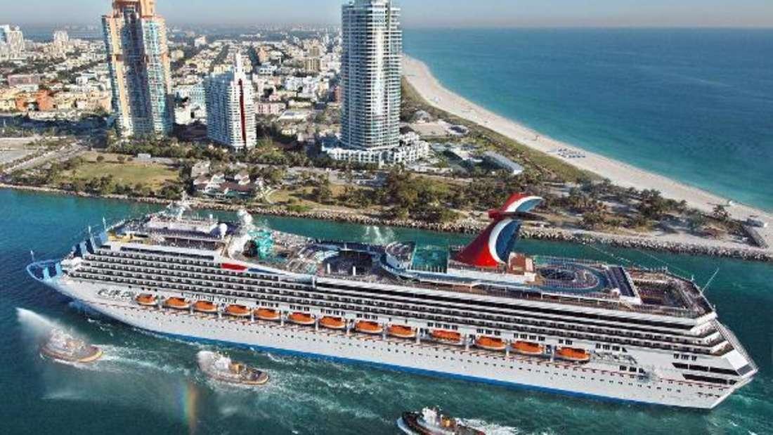 Luxuskreuzfahrtschiff Carnival Valor in Miami. (Symbolbild)