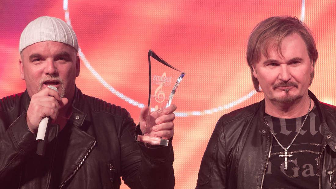 """Nik P. (rechts) hat den Schlager """"Ein Stern"""" geschrieben, DJ Ötzi berühmt gemacht."""