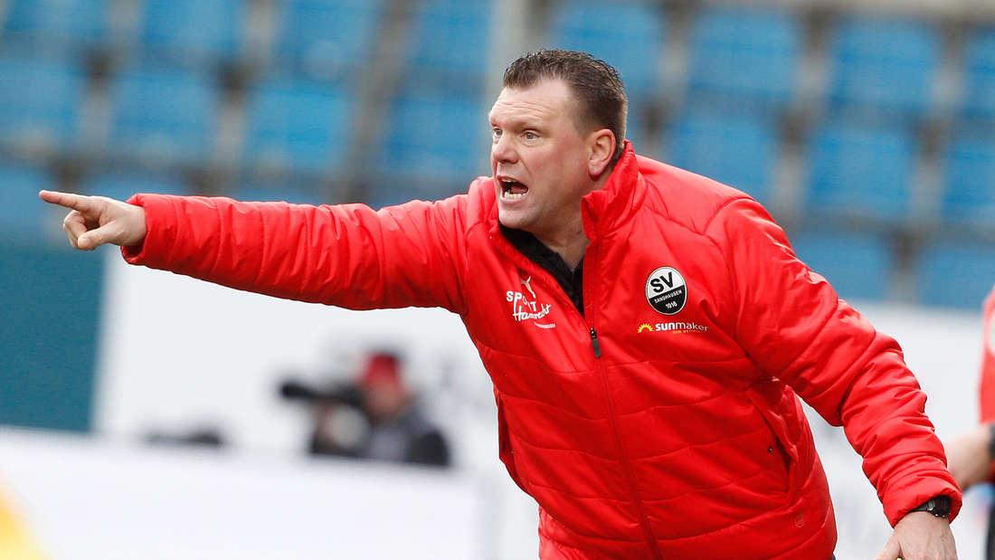 Sandhausen-Trainer Uwe Koschinat muss am Samstag auf Kapitän Diekmeier verzichten.