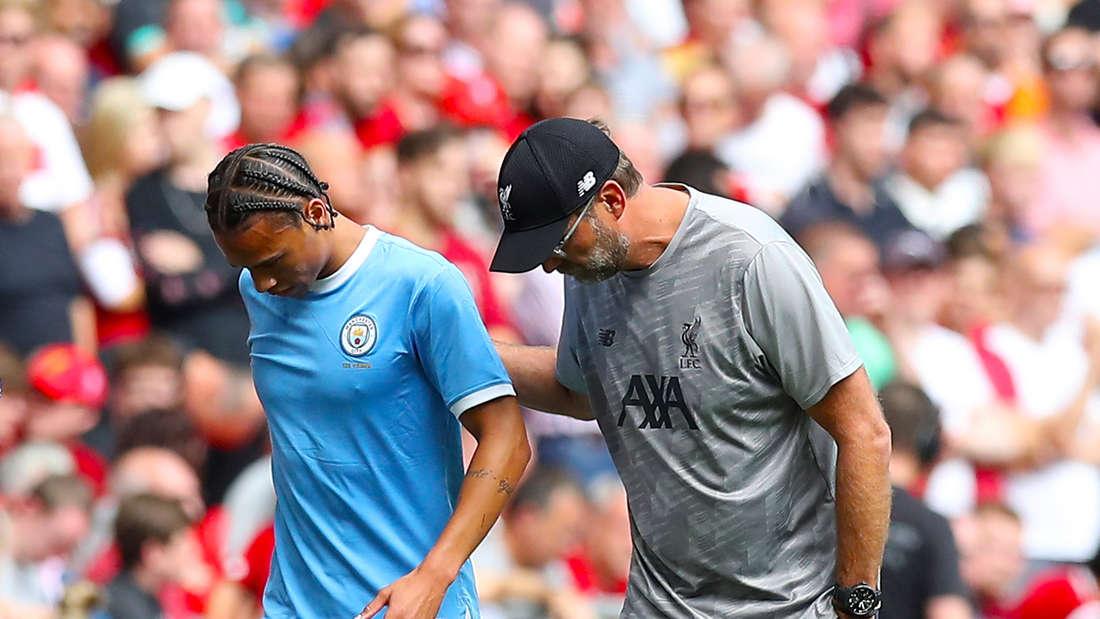 Leroy Sané (l.) und Jürgen Klopp - kurz nach jener Knieverletzung im August 2019.