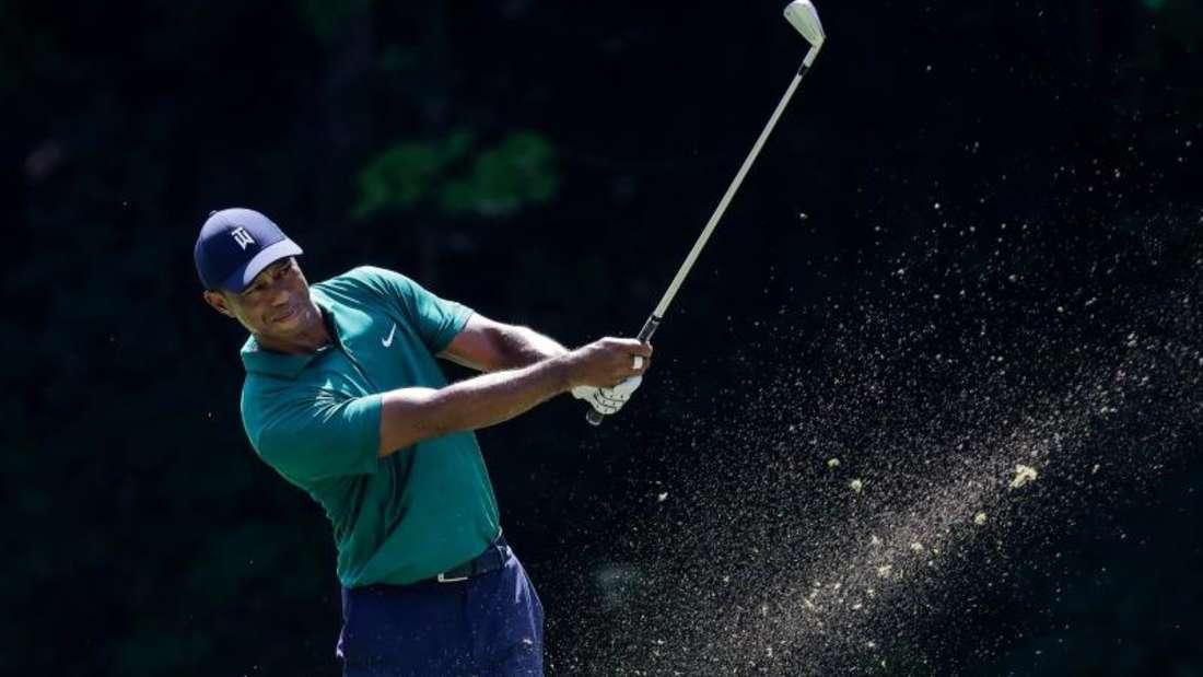 Tiger Woods aus den USA hat am dritten Tag eine 71er-Runde hingelegt. Foto: Darron Cummings/AP/dpa