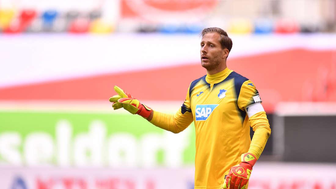 Hoffenheim-Keeper Oliver Baumann hat seinen Vertrag verlängert.