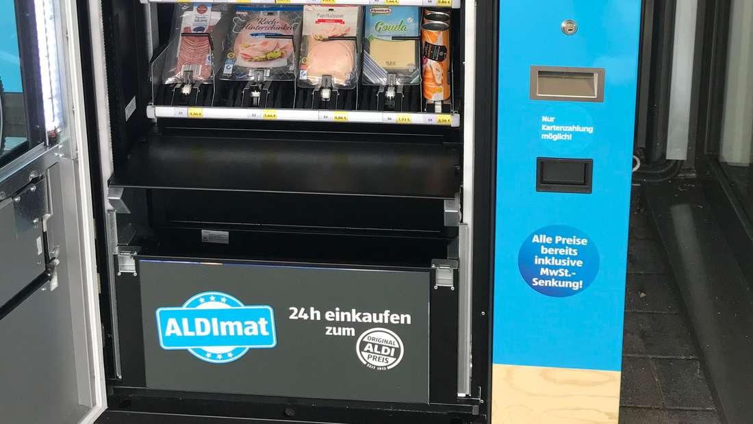 Der ALDImat in der Aldi Süd Filiale in Haßloch.