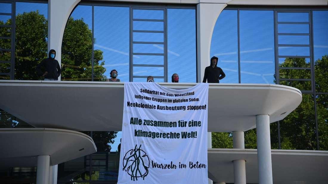 Ein Banner der Klima-Aktivisten in Heidelberg.
