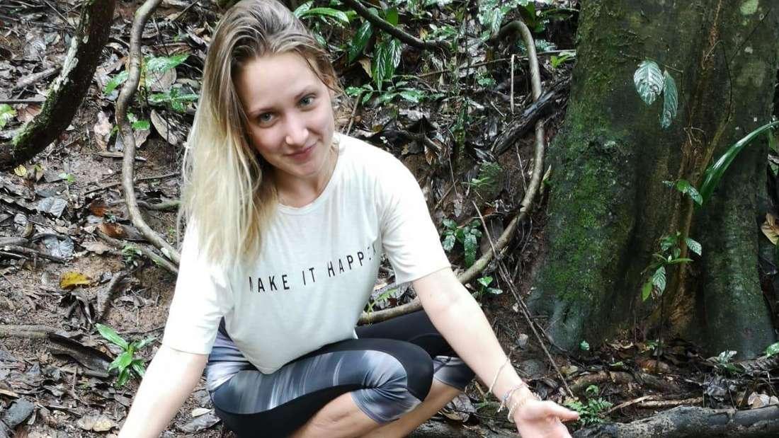 Die vermisste Studentin auf einem Foto im Wald