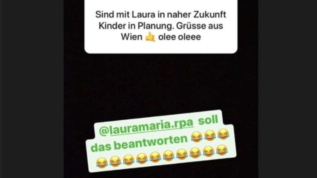 Laura Maria nimmt die Kinder-Frage mit Humor. (Screenshot)