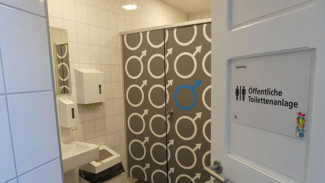 (Noch) gut versteckt hat in der Untere Straße ein öffentliches WC eröffnet.