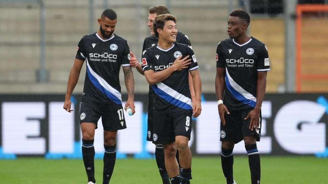 Vorfreude bei den Spielern von Arminia Bielefeld auf das Topspiel gegen den FC Bayern.