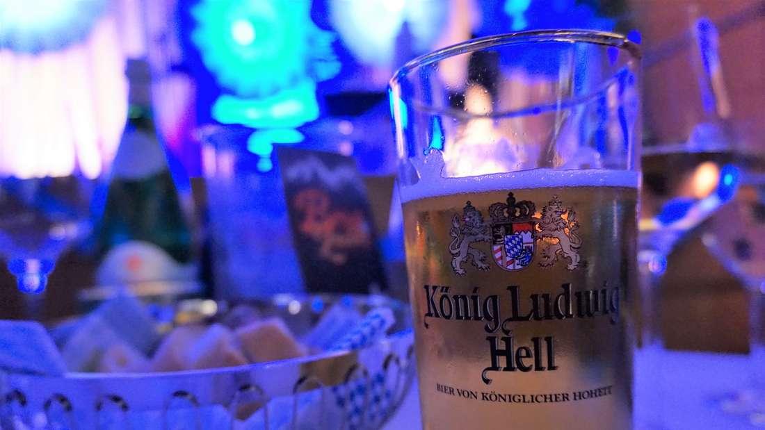 Das Bergzauber Restaurant verzaubert seine Gäste im Königssaal des Heidelberger Schlosses.
