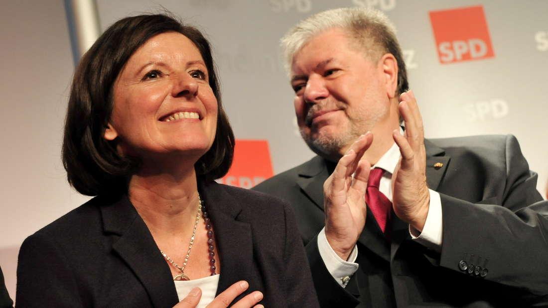 2012: Kurt Beck und Malu Dreyer (beide SPD), nachdem diese von den Delegierten der SPD zur Kandidatin für das Amt der Ministerpräsidentin nominiert wurde.