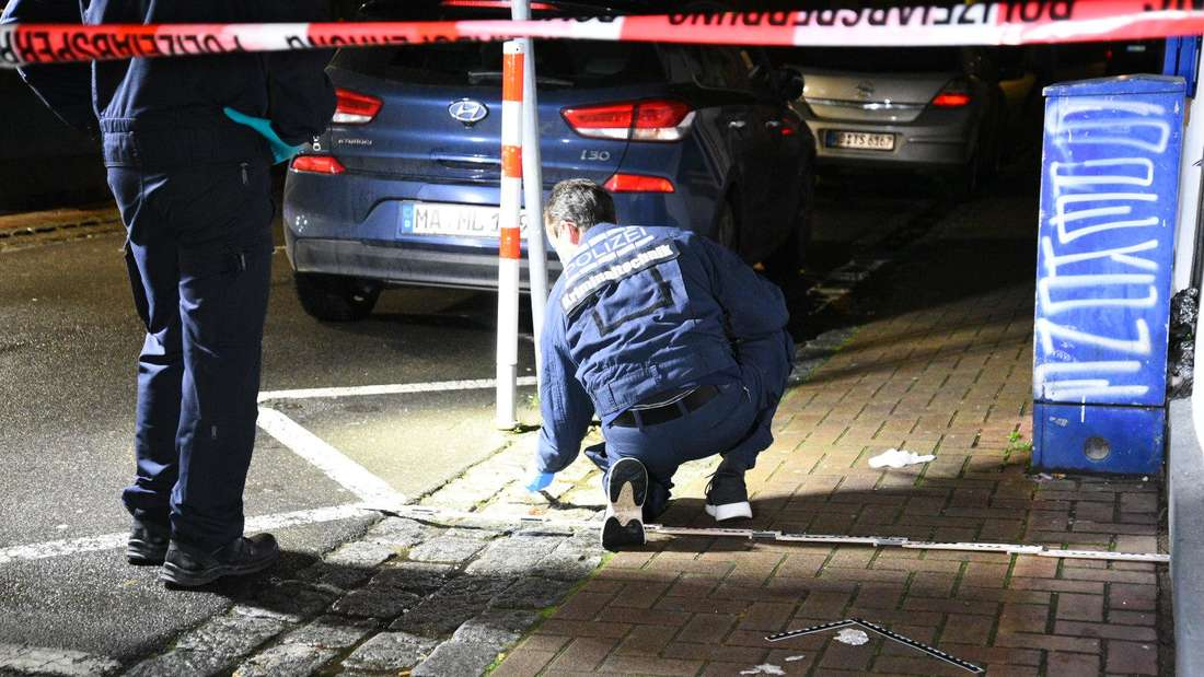 Die Polizei sichert Spuren am Tatort in Eppelheim