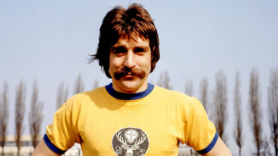 Mit dem Jägermeister auf der Brust erspielte sich Bernd Gersdorff immerhin ein Länderspiel.