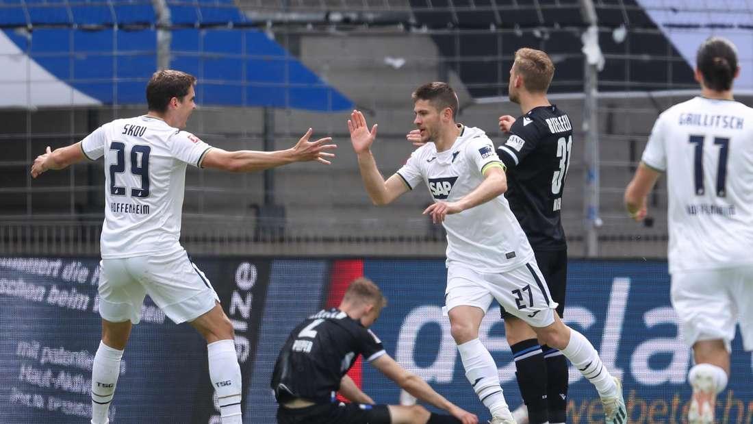 Andrej Kramaric trifft gegen Arminia Bielefeld zur frühen Hoffenheim-Führung.