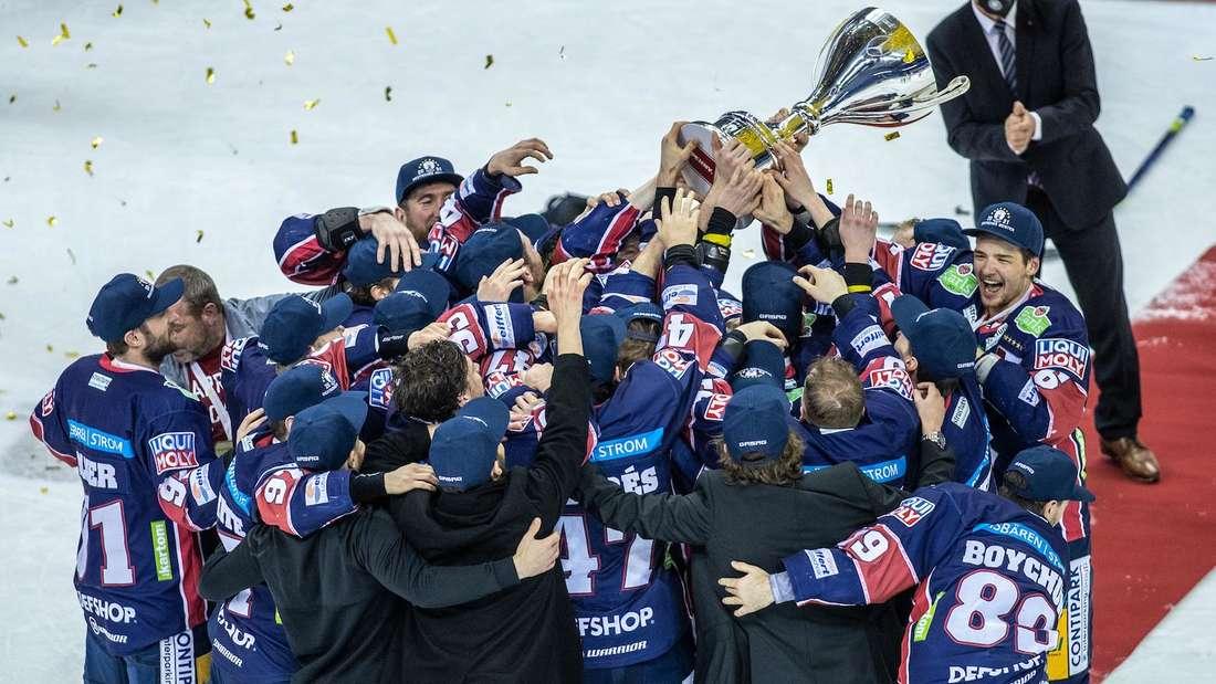 Die Eisbären Berlin holen sich den DEL-Titel 2021.