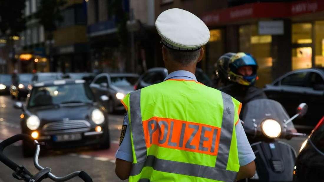 Die Polizei musste lautstarke Partys auf drei Sinsheimer Parkplätzen beenden. (Symbolfoto)