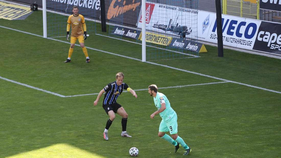 Marcel Seegert kann die Niederlage des SV Waldhof gegen 1860 München nicht verhindern.