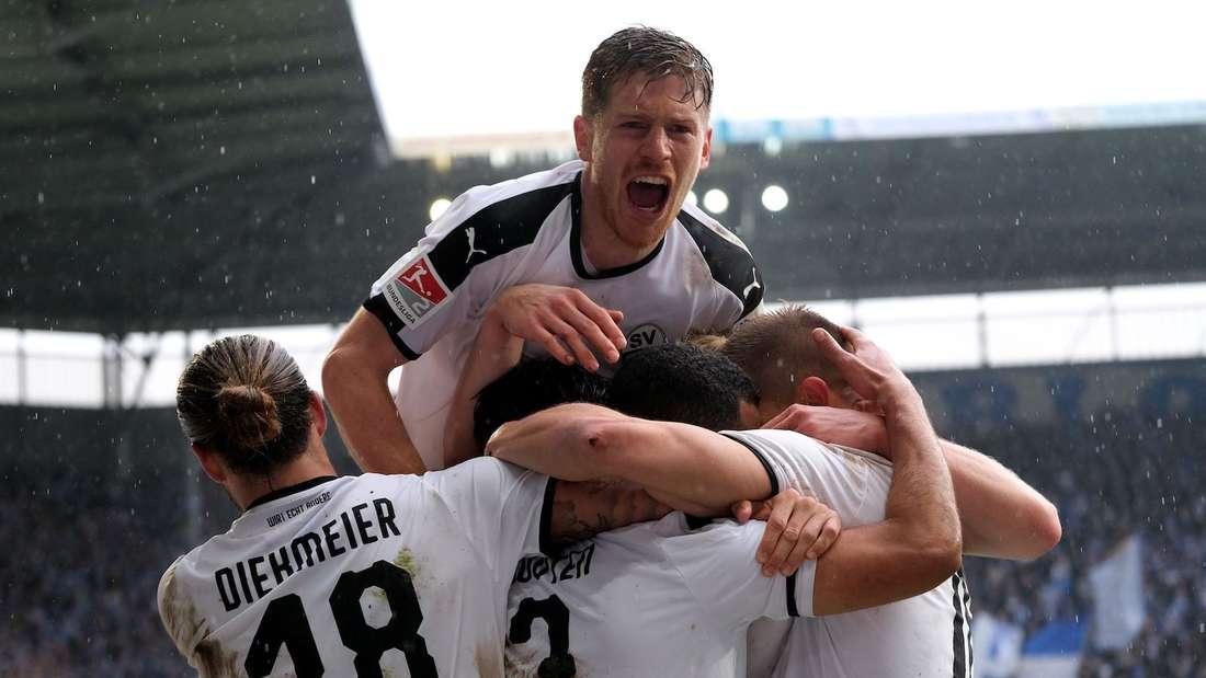 Denis Linsmayer (oben) hat 250 Pflichtspiele für den SV Sandhausen bestritten.