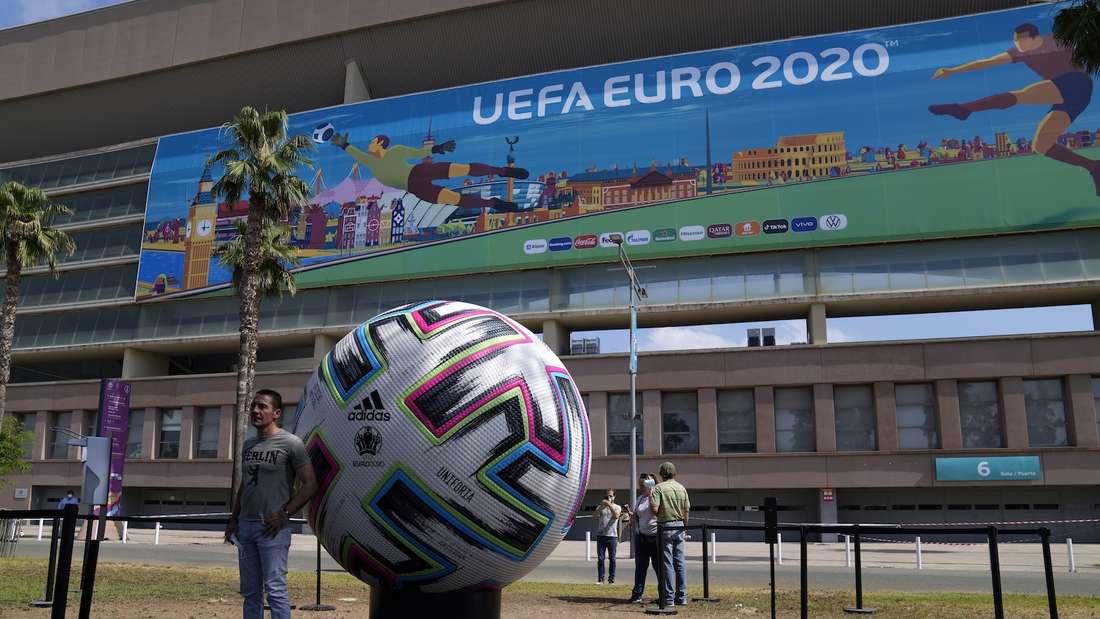 Fußball-EM: Spanien spielt am Montag in Sevilla gegen Schweden.