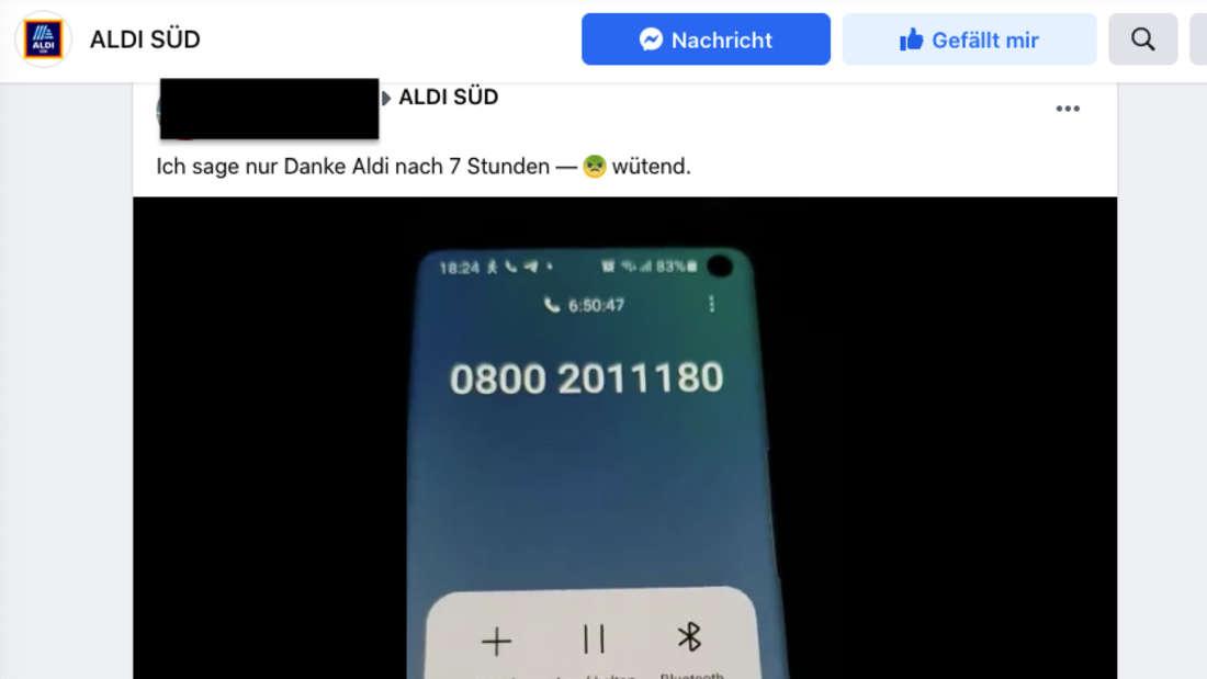 Auf einem Handydisplay wird ein Anruf angezeigt