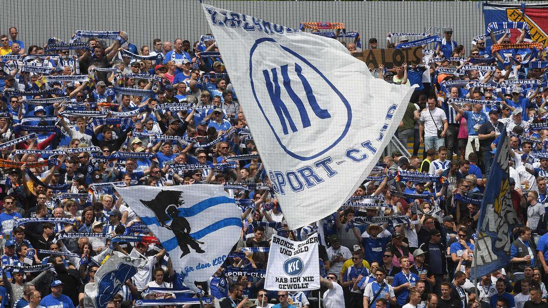 Bis zu 1.000 KSC-Fans könnten beim Spiel gegen Hansa Rostock dabei sein. (Archivfoto)