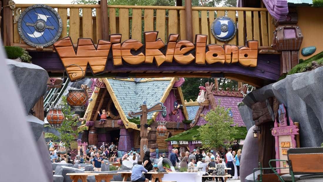 """Der Eingang zum neuen """"Wickieland"""" im Haßlocher Holiday Park."""