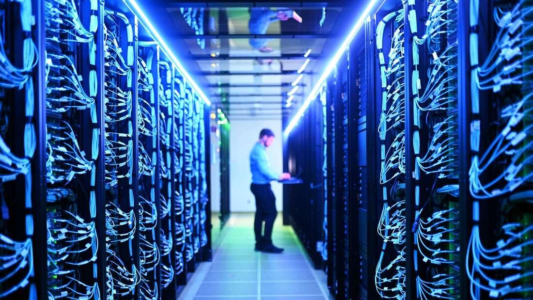 Serverraum des neuen Hochleistungsrechners Horeka.