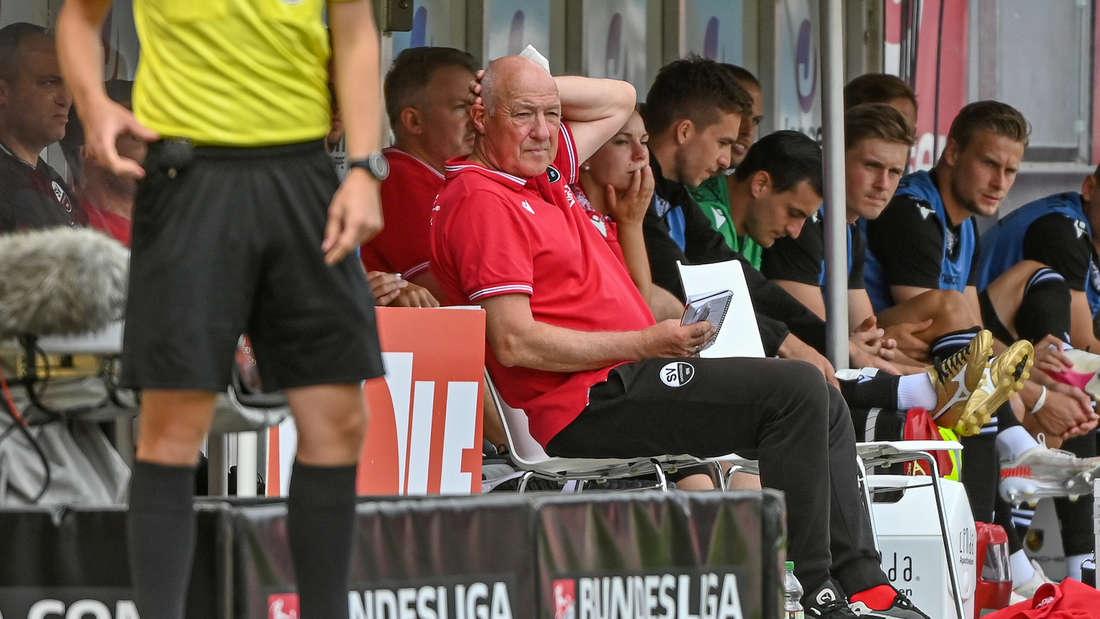 SVS-Trainer Gerhard Kleppinger hadert mit der Niederlage in Regensburg.