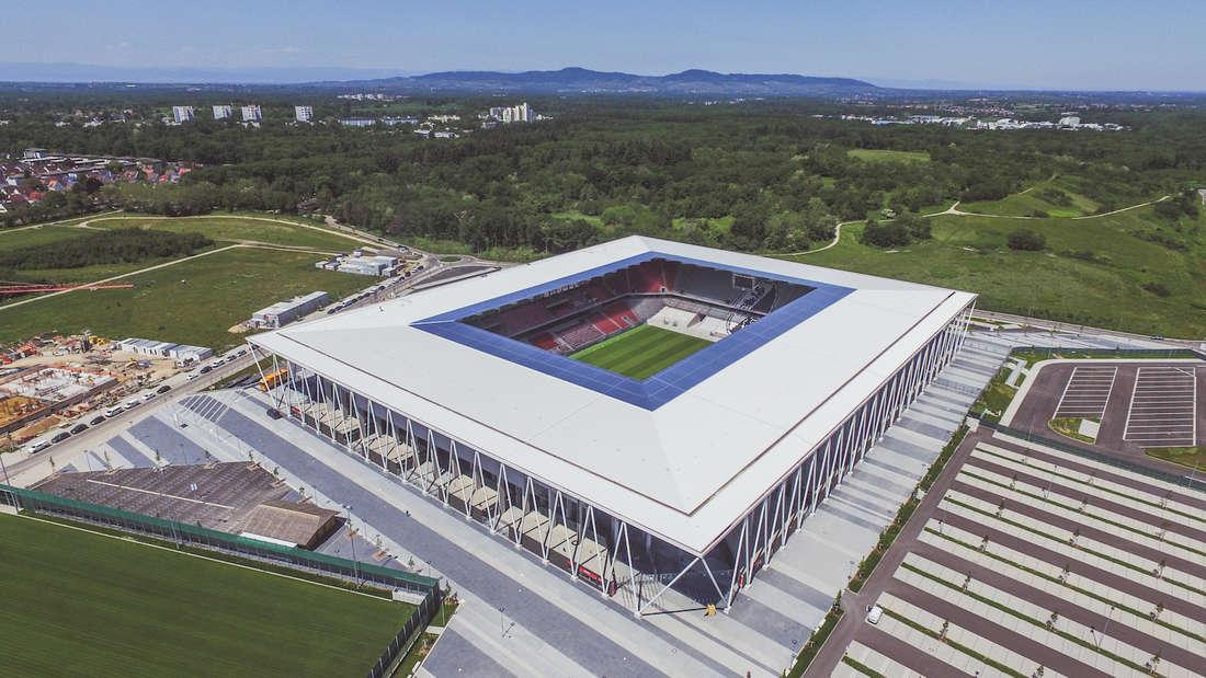 """Der SC Freiburg spielt künftig im """"Europa-Park Stadion""""."""