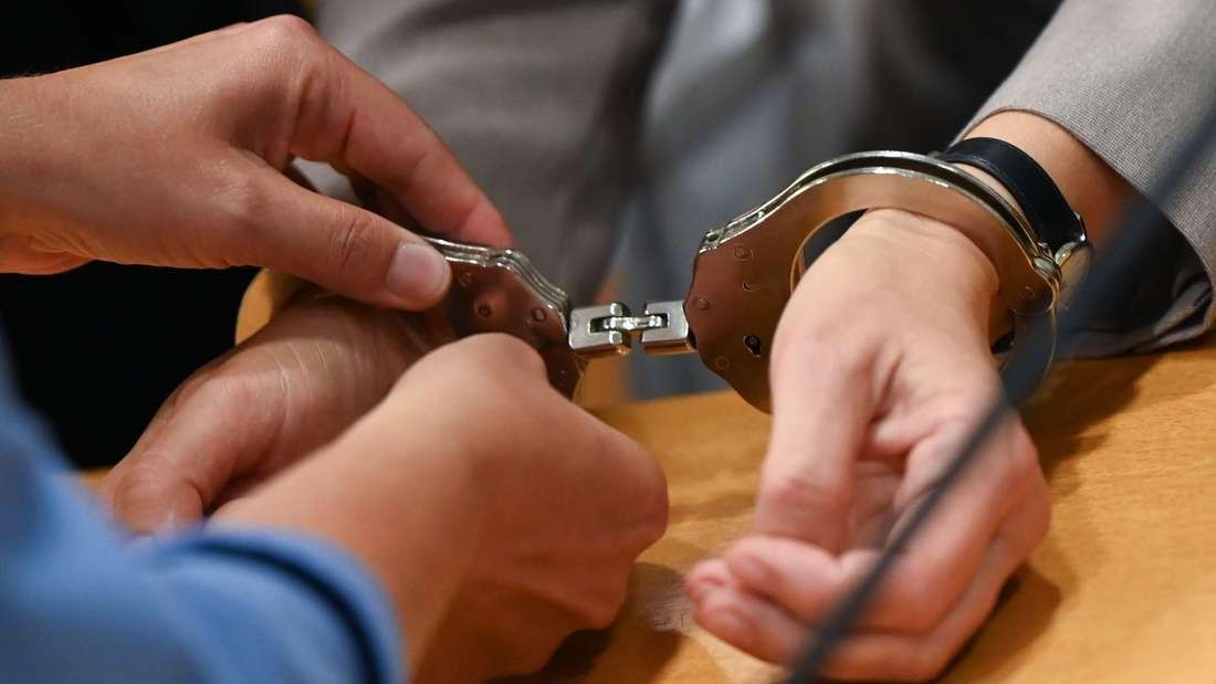 Prozess gegen 60-jährige Frau in Hanau