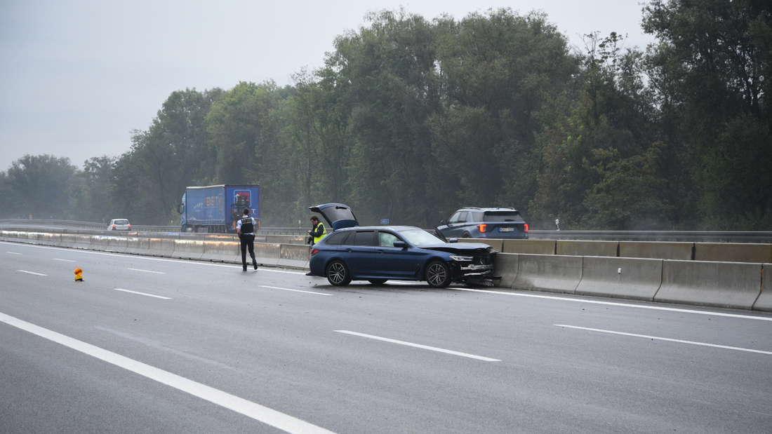 Auto nach Unfall auf der A6.