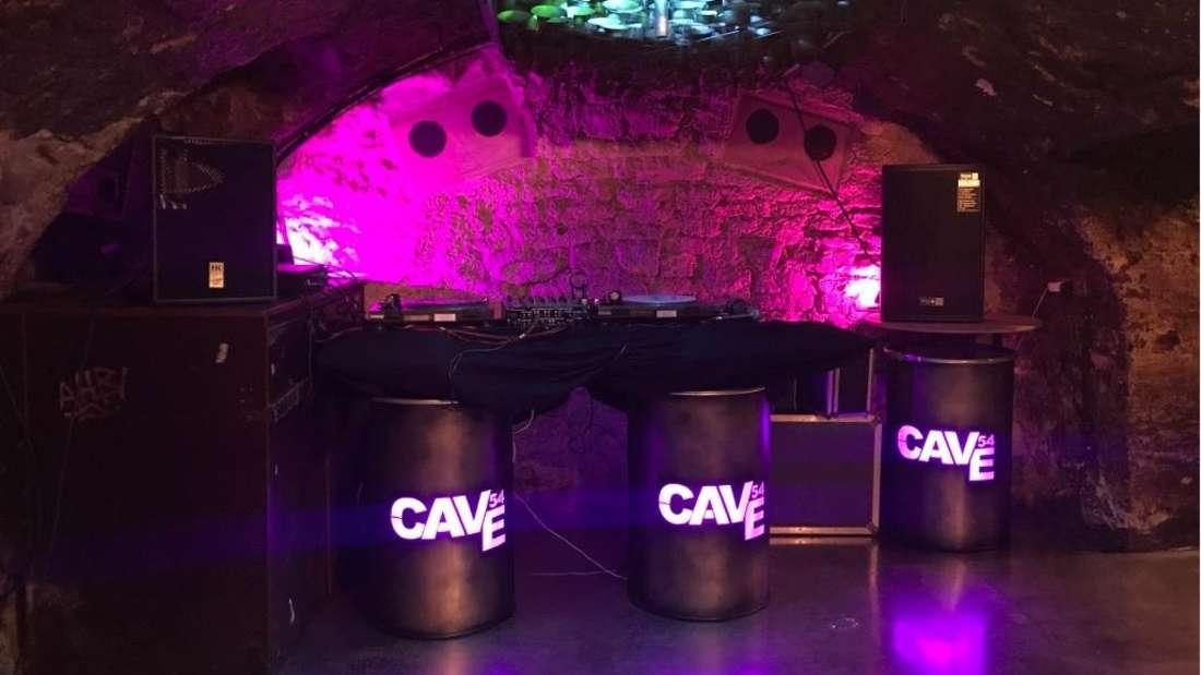 Blick auf die Tanzfläche des Cave54 in der Krämergasse. Das Cave 54 in der Altstadt ist Heidelbergs ältester Club.