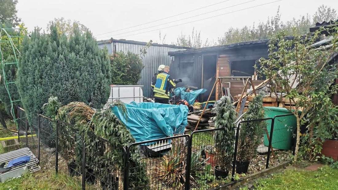 In Kronau wird eine Leiche bei einem Wohnwagen-Brand gefunden.