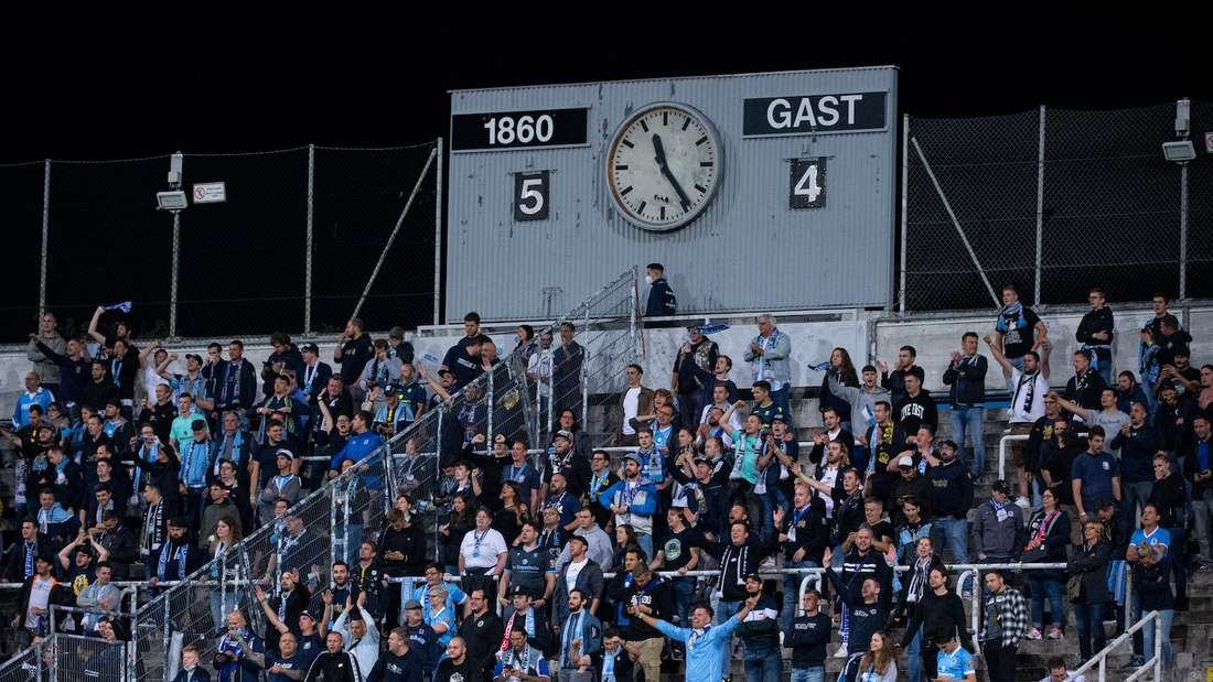 Der TSV 1860 München darf bis zu 15.000 Fans ins Stadion lassen.